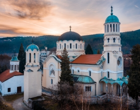 За първи път от десетилетия са отпуснати 2 641 980 лв. за храмовете в Кюстендилска духовна околия!
